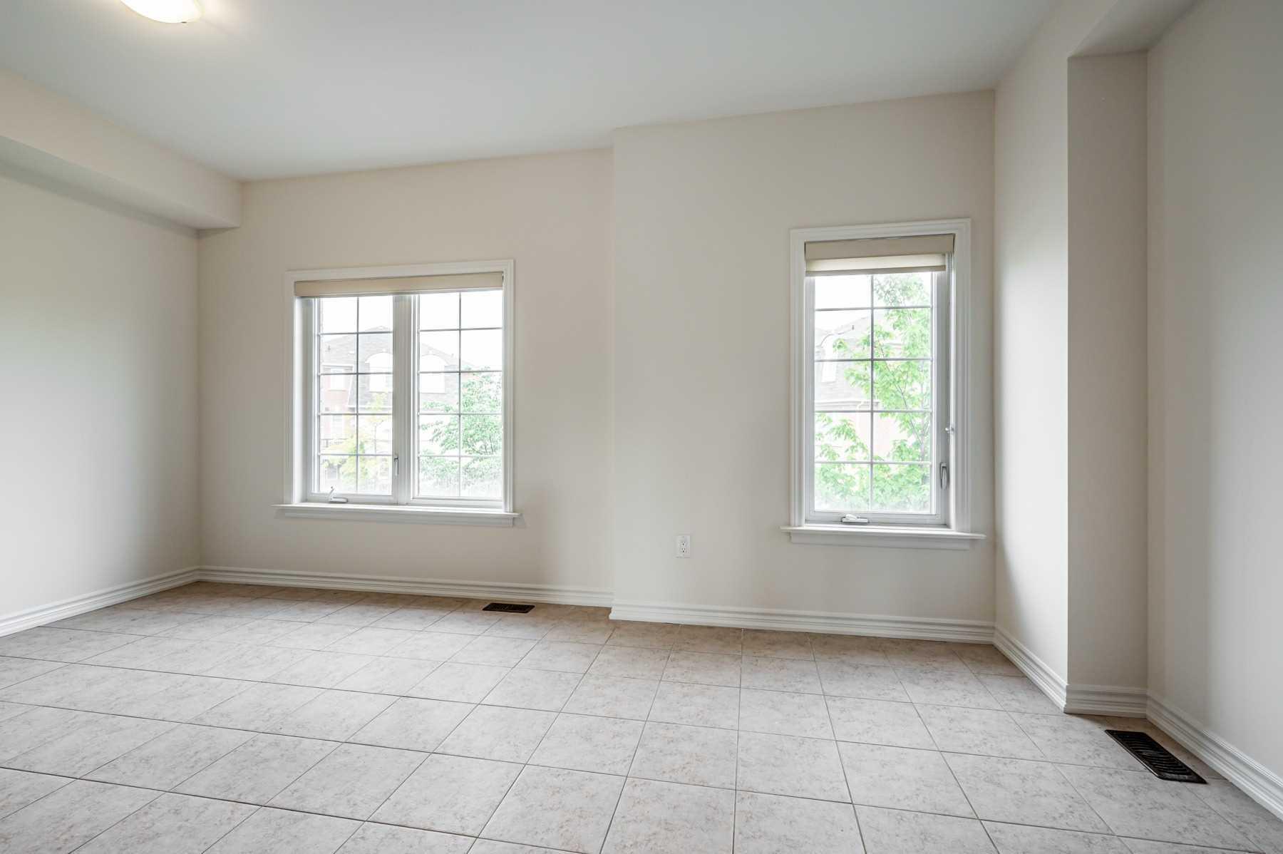Att/row/twnhouse For Sale In Toronto , 3 Bedrooms Bedrooms, ,3 BathroomsBathrooms,Att/row/twnhouse,For Sale,Pidgeon