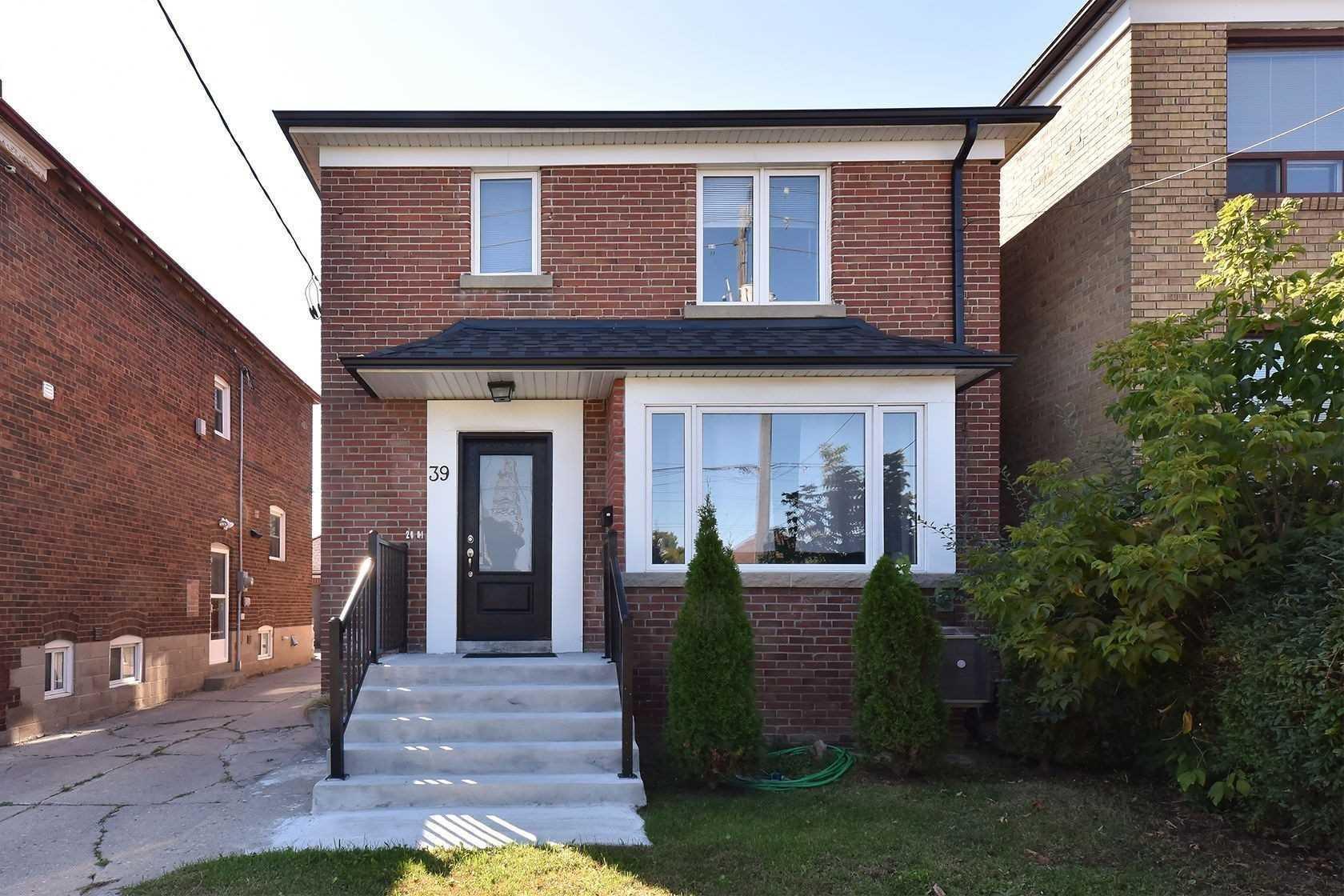 Duplex For Lease In Toronto , 1 Bedroom Bedrooms, ,1 BathroomBathrooms,Duplex,For Lease,Lower,Schell