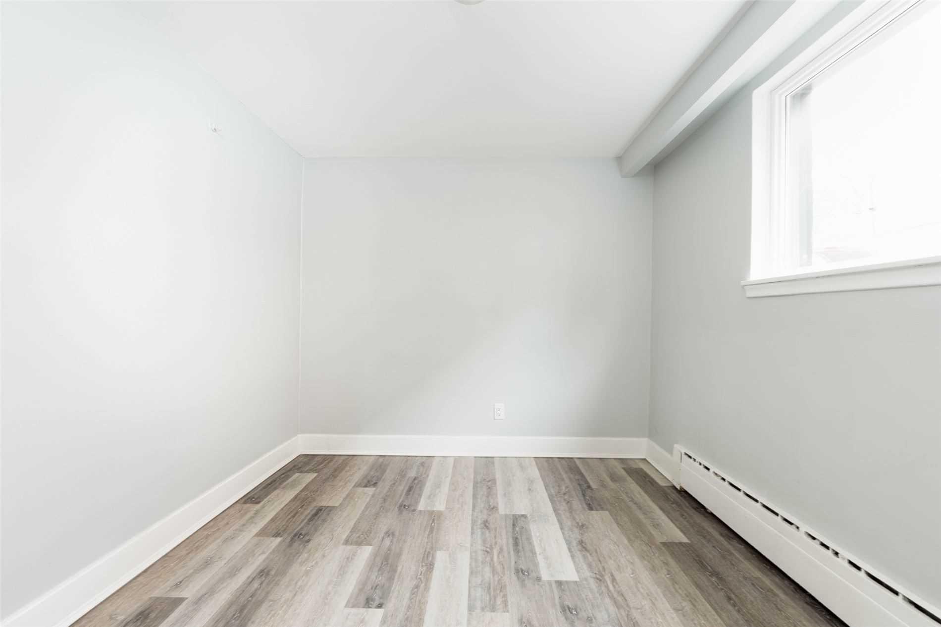 Triplex For Lease In Toronto , 3 Bedrooms Bedrooms, ,1 BathroomBathrooms,Triplex,For Lease,Lower,Atlas