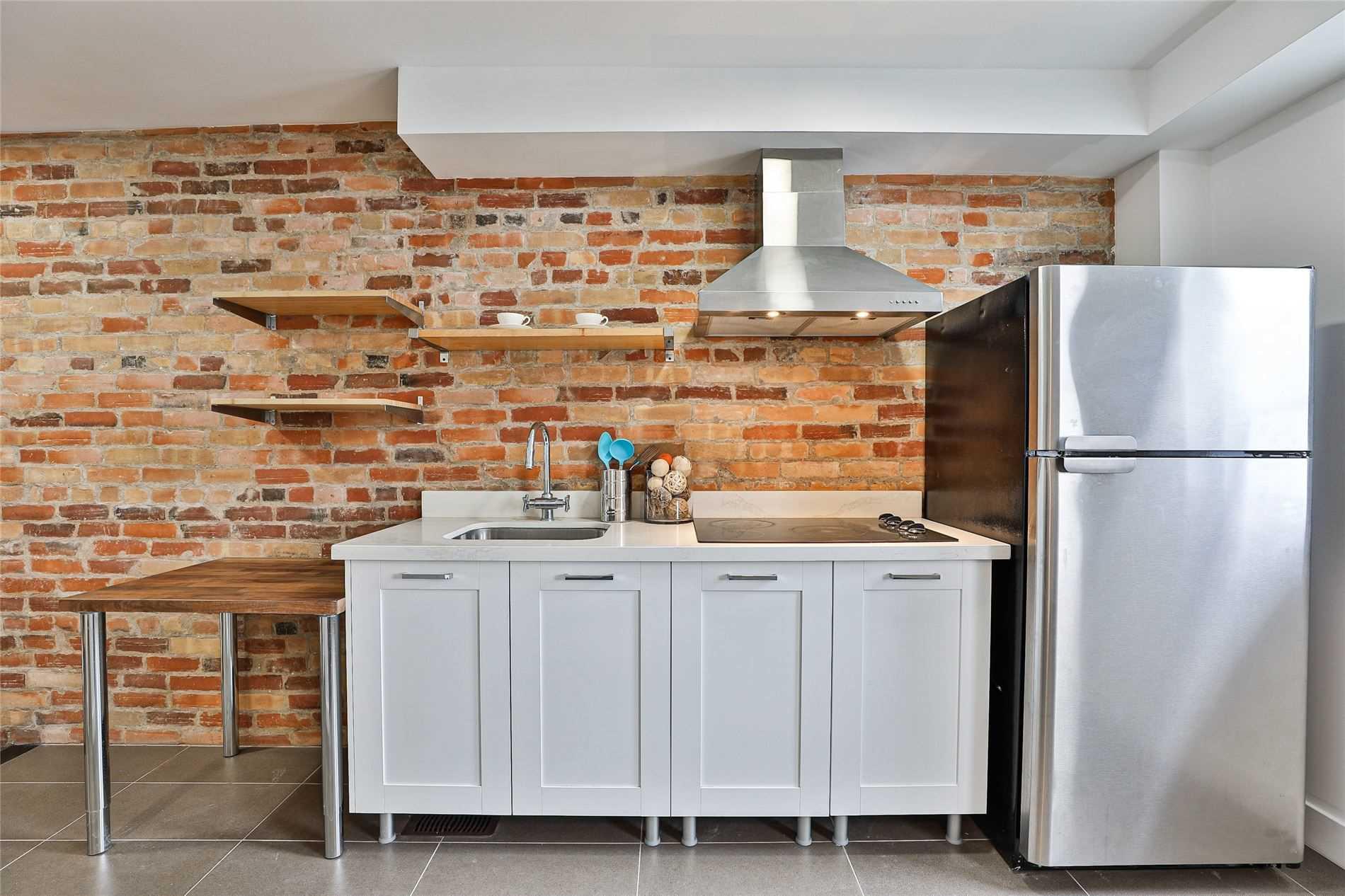 Semi-Detached For Sale In Toronto , 5 Bedrooms Bedrooms, ,5 BathroomsBathrooms,Semi-Detached,For Sale,Grace