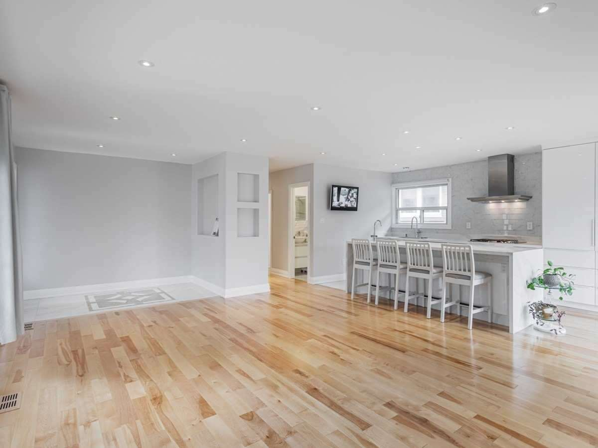 Detached house For Lease In Toronto - 287 Brighton Ave, Toronto, Ontario, Canada M3H4G2 , 3 Bedrooms Bedrooms, ,2 BathroomsBathrooms,Detached,For Lease,Main Fl,Brighton