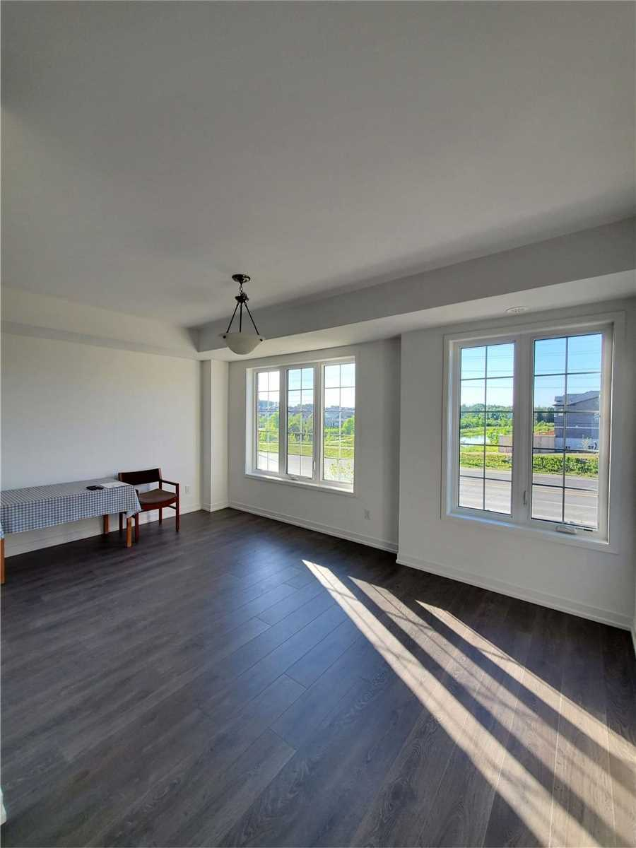 Att/row/twnhouse For Lease In Newmarket , 4 Bedrooms Bedrooms, ,4 BathroomsBathrooms,Att/row/twnhouse,For Lease,Harding Park
