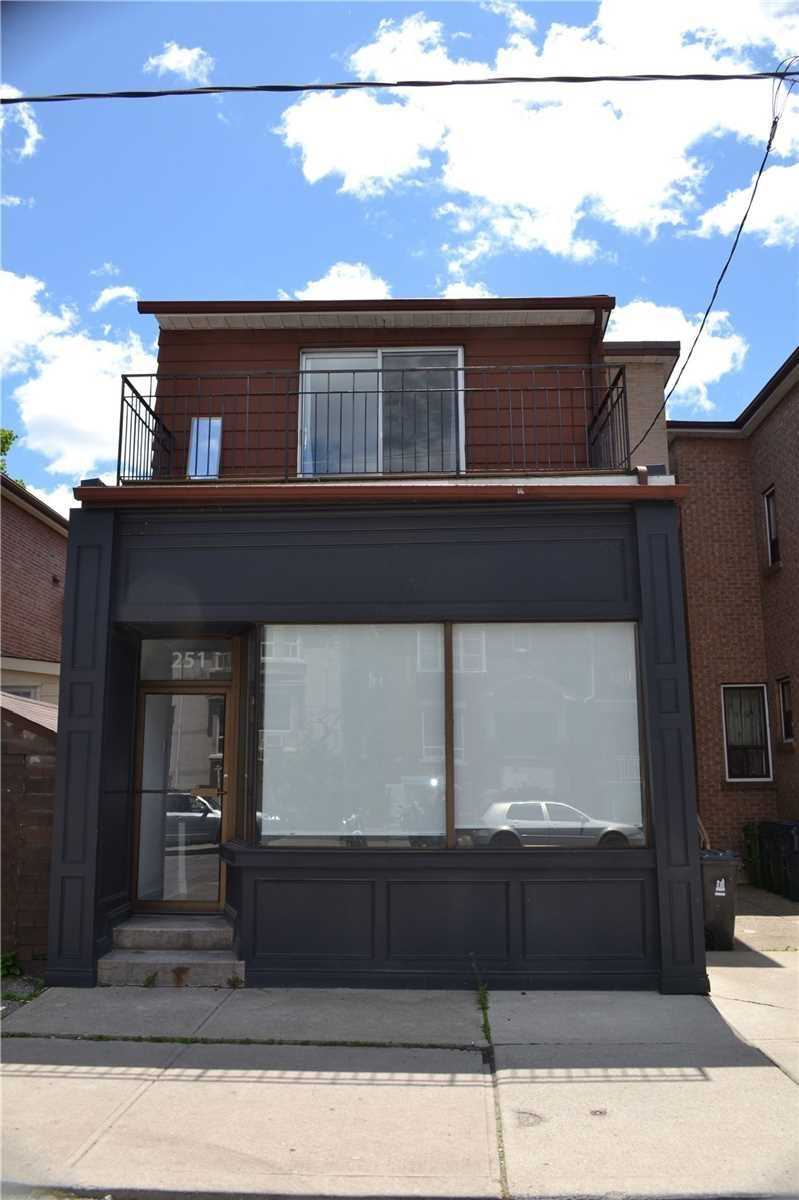 Detached house For Lease In Toronto - 251 Hallam St, Toronto, Ontario, Canada M6H1Y2 , 2 Bedrooms Bedrooms, ,2 BathroomsBathrooms,Detached,For Lease,1,Hallam