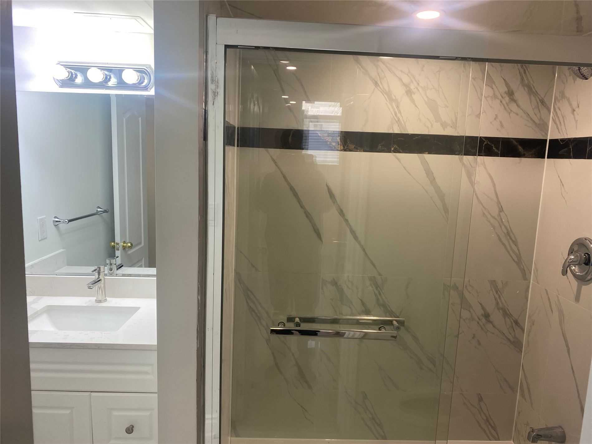 Detached house For Lease In Milton - 1031 Blain St, Milton, Ontario, Canada L9T6S1 , 2 Bedrooms Bedrooms, ,1 BathroomBathrooms,Detached,For Lease,Blain