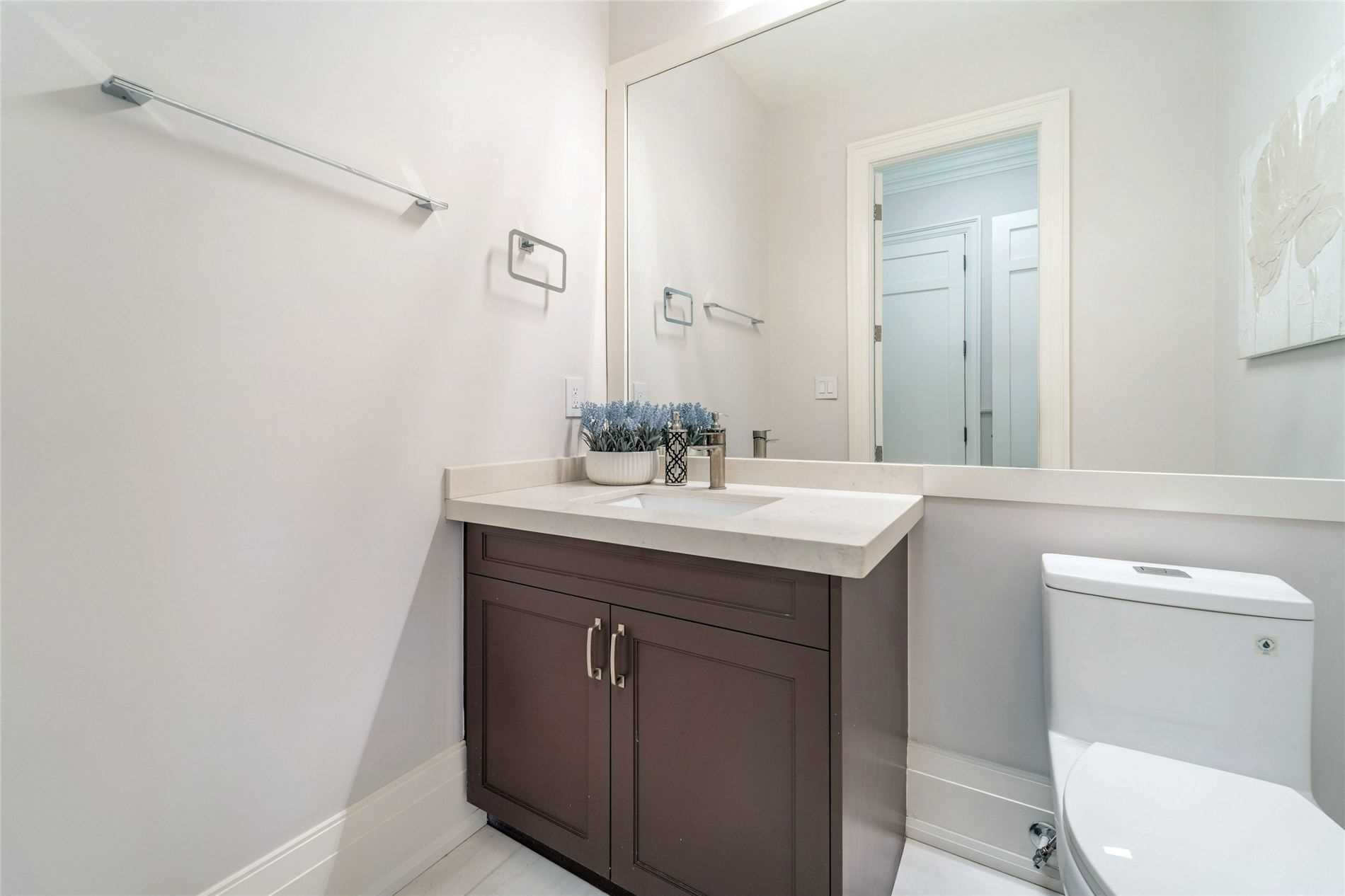 Detached house For Sale In Oakville - 459 Candler Rd, Oakville, Ontario, Canada L6J4X7 , 4 Bedrooms Bedrooms, ,6 BathroomsBathrooms,Detached,For Sale,Candler