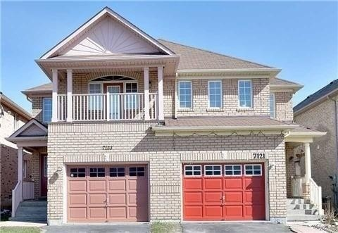 Semi-Detached For Lease In Mississauga , 4 Bedrooms Bedrooms, ,3 BathroomsBathrooms,Semi-Detached,For Lease,Magistrate