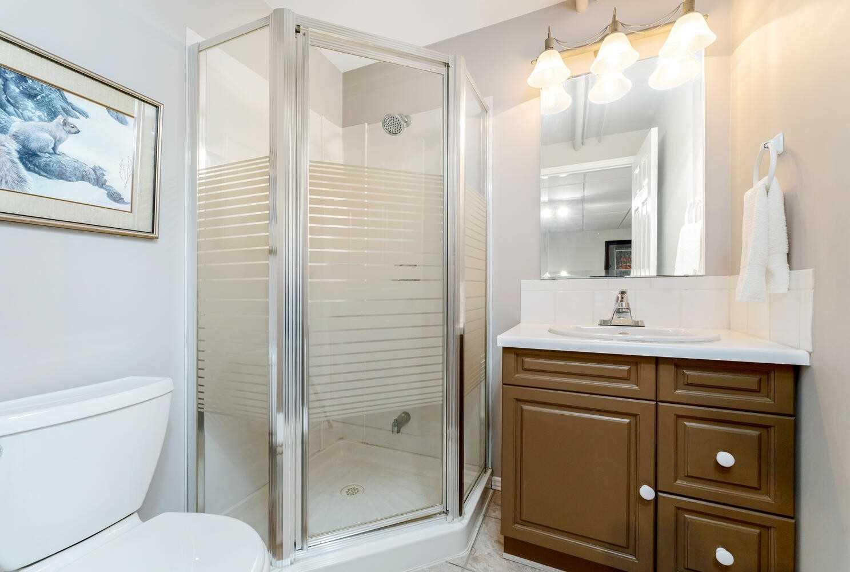 Detached house For Sale In Erin - 5917 Sixth Line, Erin, Ontario, Canada N0B 1Z0 , 5 Bedrooms Bedrooms, ,6 BathroomsBathrooms,Detached,For Sale,Sixth