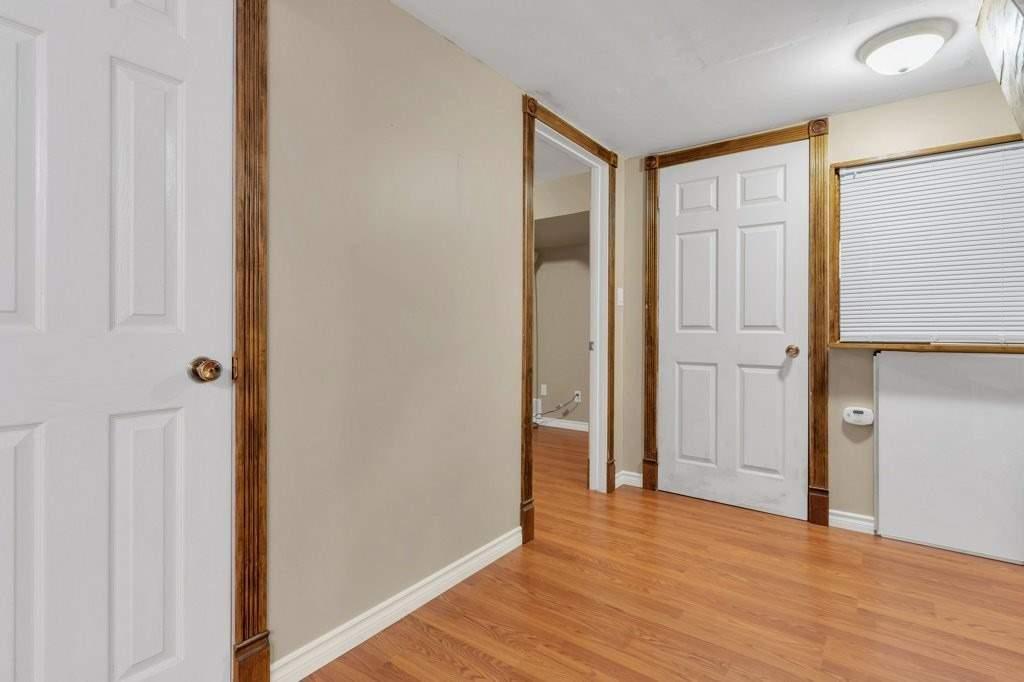 Att/row/twnhouse For Sale In Kingston , 3 Bedrooms Bedrooms, ,3 BathroomsBathrooms,Att/row/twnhouse,For Sale,Littlestone