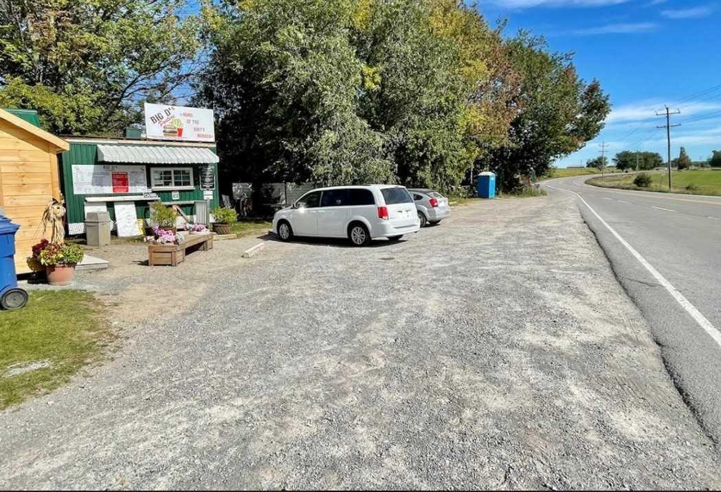 Detached house For Sale In Kawartha Lakes - 1401 Glenarm Rd, Kawartha Lakes, Ontario, Canada K0M 2T0 , 3 Bedrooms Bedrooms, ,3 BathroomsBathrooms,Detached,For Sale,Glenarm