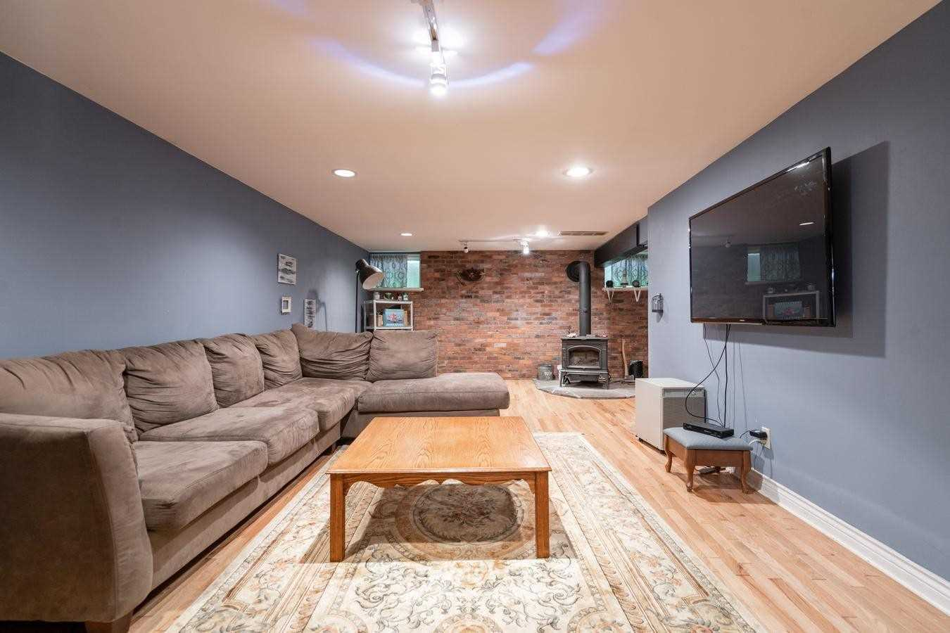 Detached house For Sale In Mono - 873235 5th Line Ehs Line, Mono, Ontario, Canada L9W6A4 , 4 Bedrooms Bedrooms, ,4 BathroomsBathrooms,Detached,For Sale,5th Line Ehs