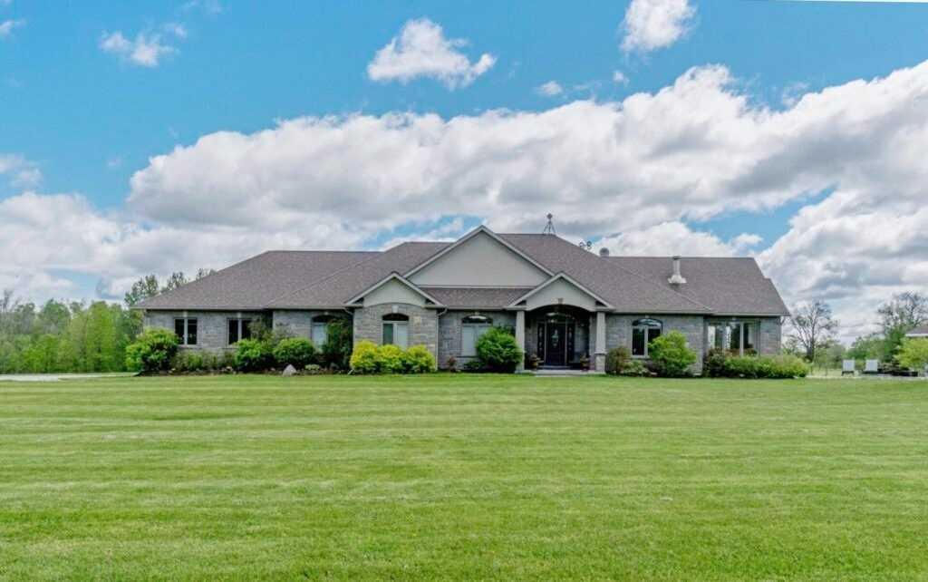 Rural Resid For Sale In Erin , 3 Bedrooms Bedrooms, ,3 BathroomsBathrooms,Rural Resid,For Sale,Second