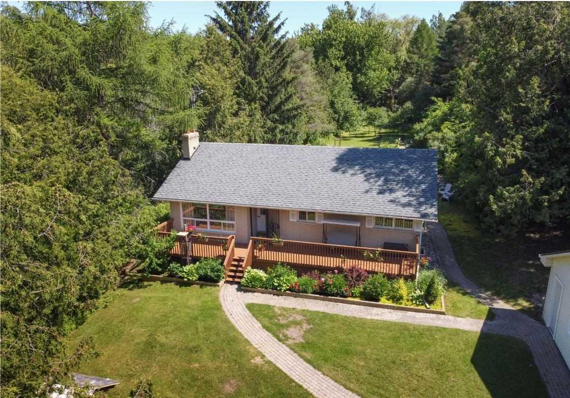 Detached house For Sale In Mono - 11 Cedar Lane, Mono, Ontario, Canada L9W2Y8 , 3 Bedrooms Bedrooms, ,3 BathroomsBathrooms,Detached,For Sale,Cedar