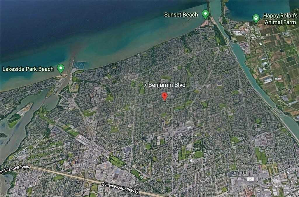 Detached house For Sale In St. Catharines - 7 Benjamin Blvd, St. Catharines, Ontario, Canada L2N1R4 , 3 Bedrooms Bedrooms, ,2 BathroomsBathrooms,Detached,For Sale,Benjamin