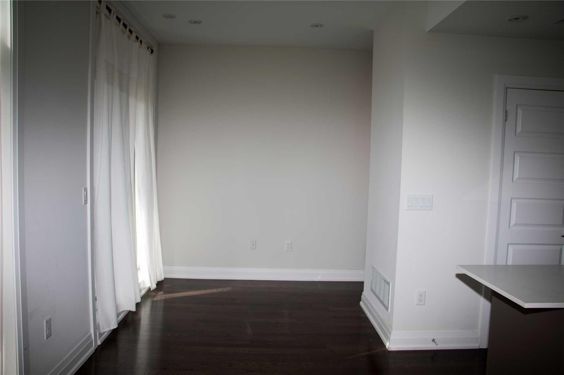 Condo Townhouse For Lease In Toronto , 2 Bedrooms Bedrooms, ,2 BathroomsBathrooms,Condo Townhouse,For Lease,22,Eldora