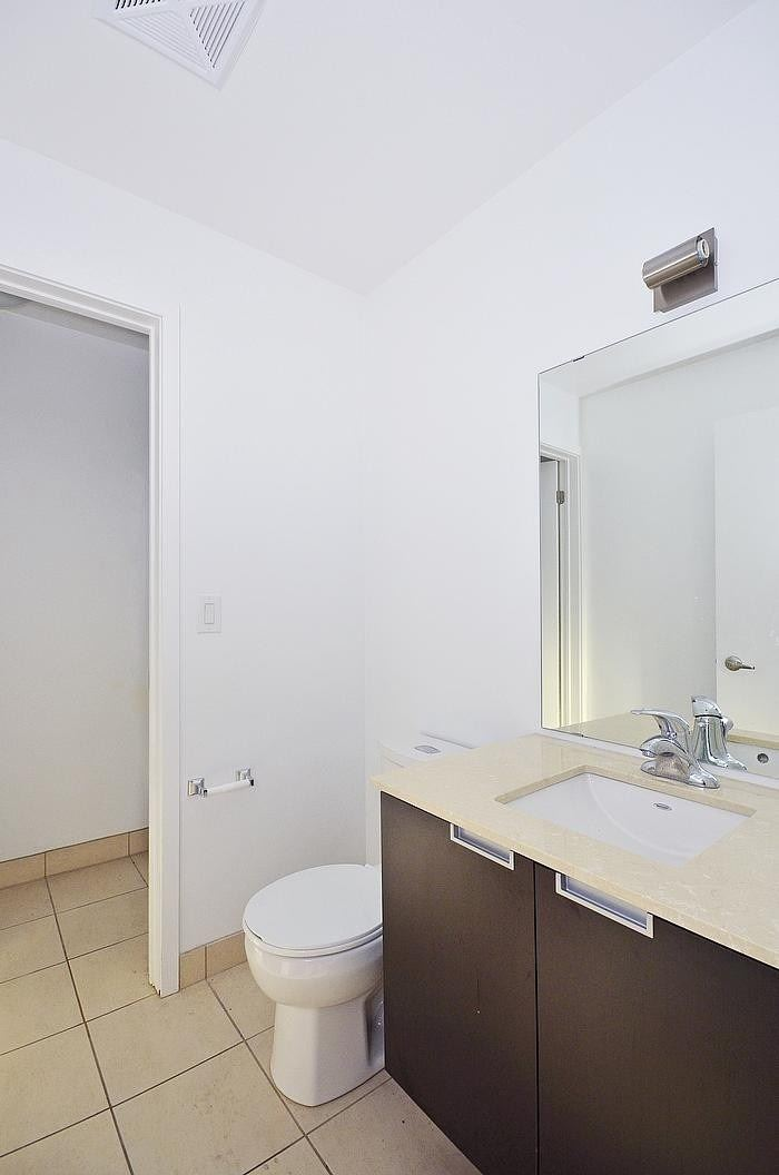 Condo Apt For Lease In Toronto , 1 Bedroom Bedrooms, ,2 BathroomsBathrooms,Condo Apt,For Lease,# 606,Wellington