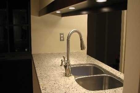 Condo Apt For Lease In Toronto , 2 Bedrooms Bedrooms, ,2 BathroomsBathrooms,Condo Apt,For Lease,2002,Harbour