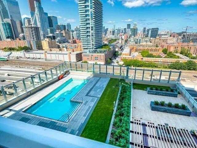 Condo Apt For Lease In Toronto , 2 Bedrooms Bedrooms, ,2 BathroomsBathrooms,Condo Apt,For Lease,#3210,Lower Jarvis