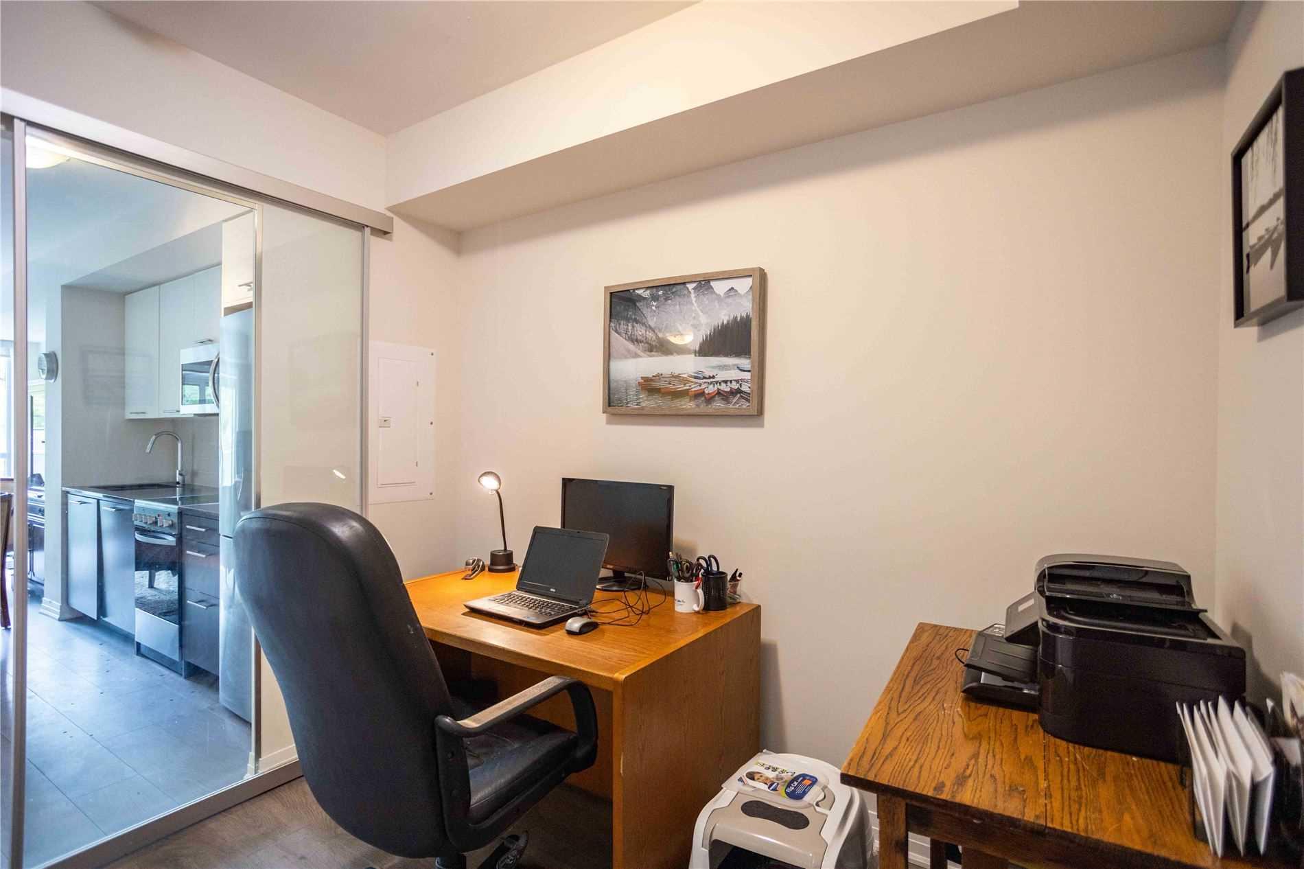 Condo Apt For Sale In Toronto , 2 Bedrooms Bedrooms, ,2 BathroomsBathrooms,Condo Apt,For Sale,313,Danforth