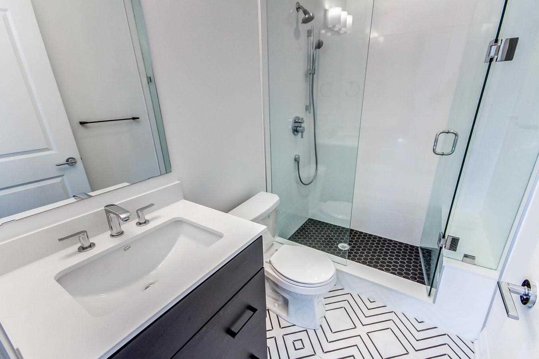 Condo Apt For Sale In Toronto , 2 Bedrooms Bedrooms, ,2 BathroomsBathrooms,Condo Apt,For Sale,506,Kingston