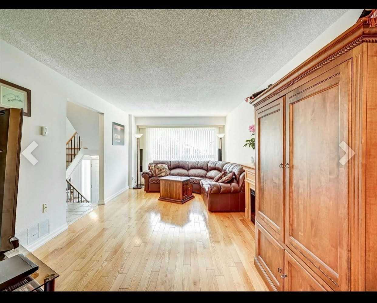 Condo Townhouse For Lease In Mississauga , 3 Bedrooms Bedrooms, ,3 BathroomsBathrooms,Condo Townhouse,For Lease,42,Cedarglen