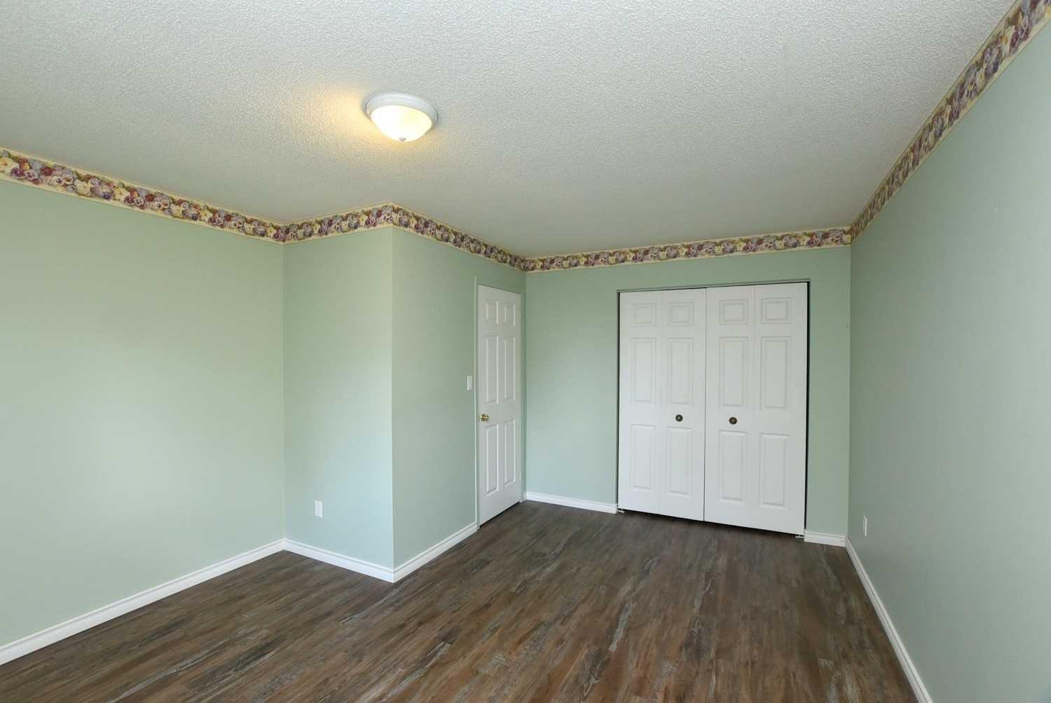 Condo Townhouse For Sale In Haldimand , 2 Bedrooms Bedrooms, ,2 BathroomsBathrooms,Condo Townhouse,For Sale,15,Kinross