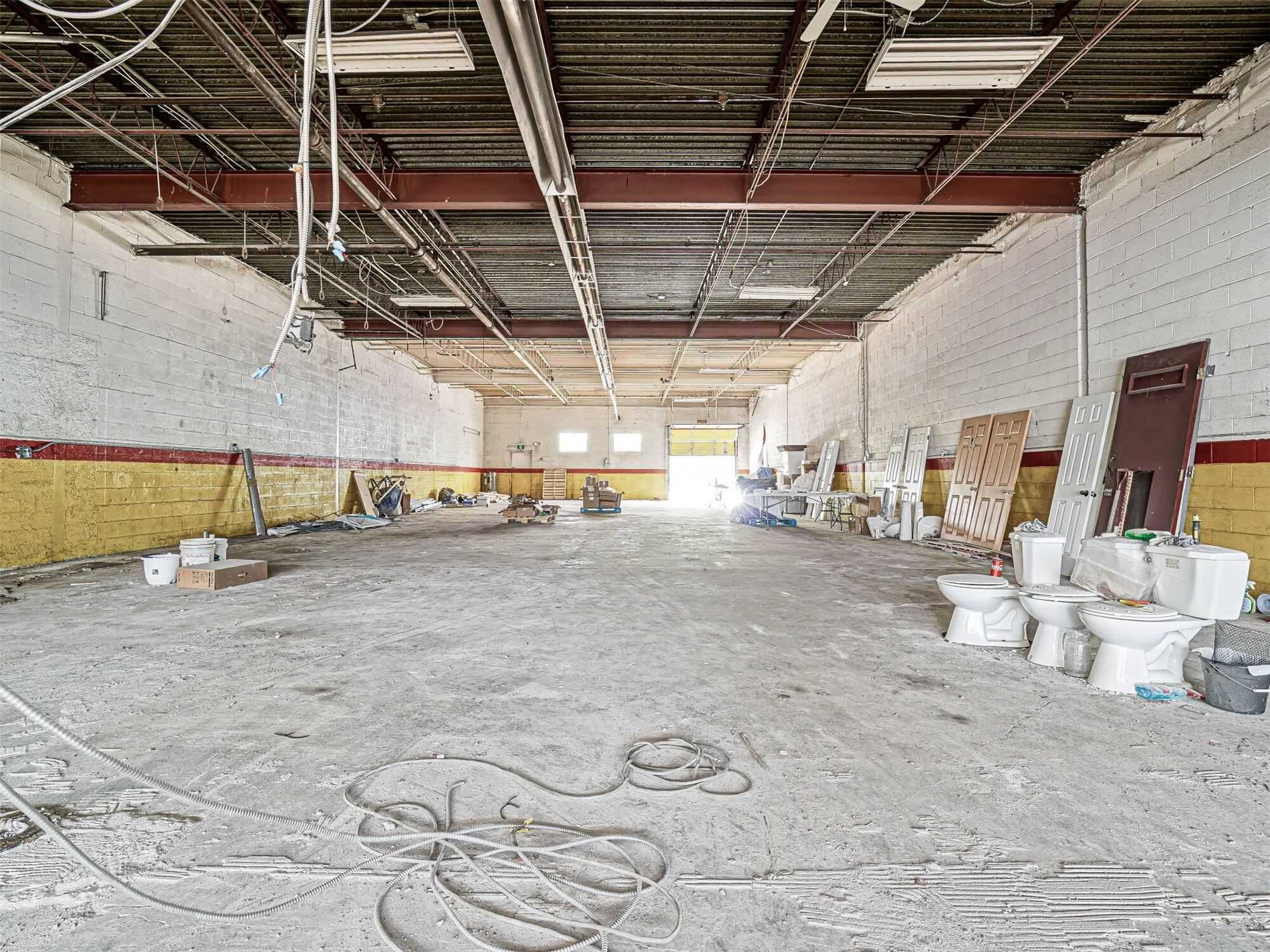 Commercial/retail For Lease In Toronto , ,Commercial/retail,For Lease,6,Finch