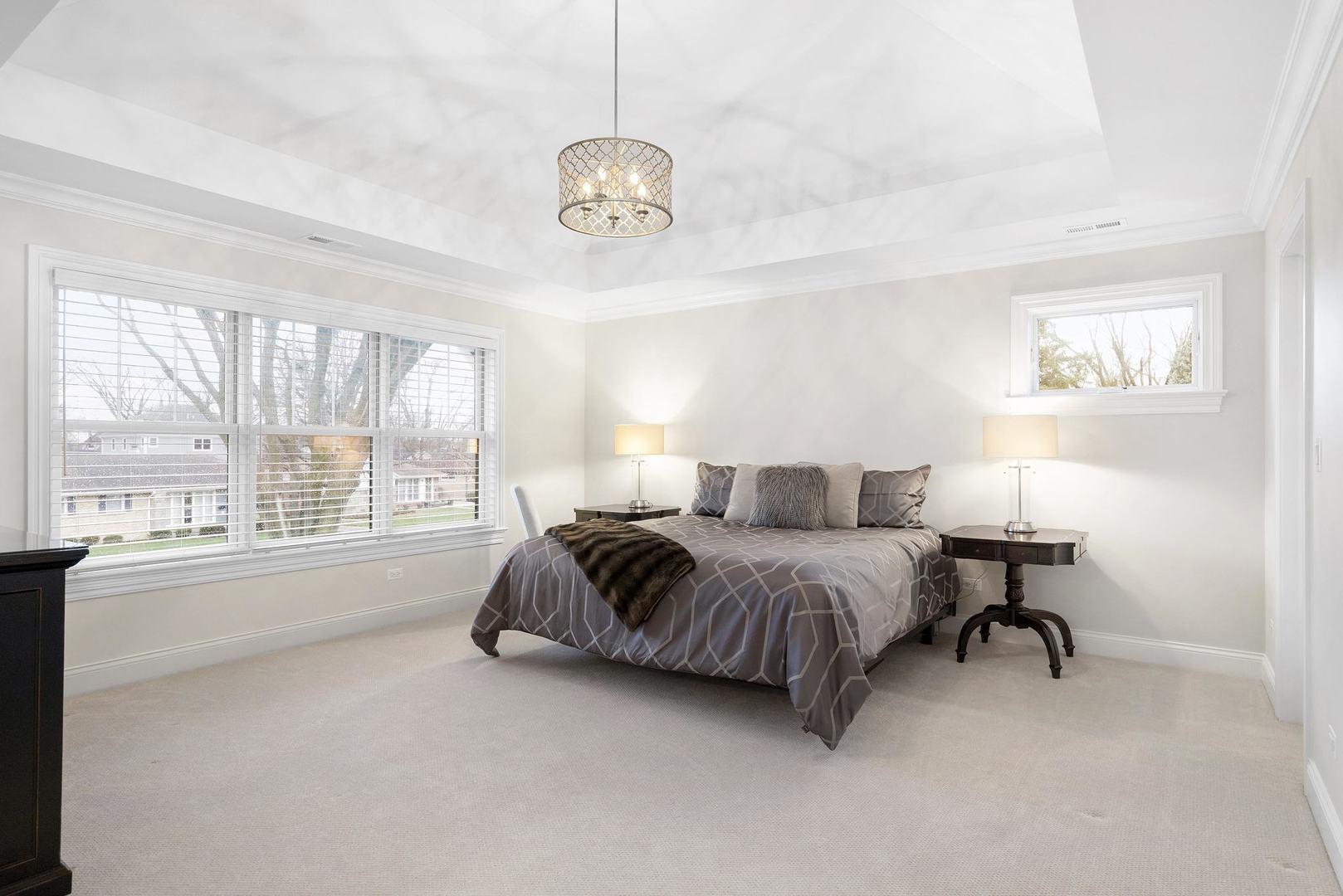 407 Highland Avenue, Elmhurst, Illinois 60126, 5 Bedrooms Bedrooms, ,3 BathroomsBathrooms,Residential,For Sale,Highland,MRD11225348
