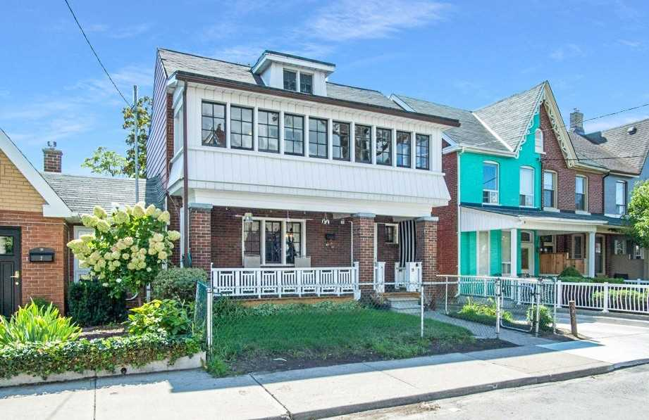 Detached house For Sale In Toronto - 9 Foxley St, Toronto, Ontario, Canada M6J1P9 , 4 Bedrooms Bedrooms, ,2 BathroomsBathrooms,Detached,For Sale,Foxley