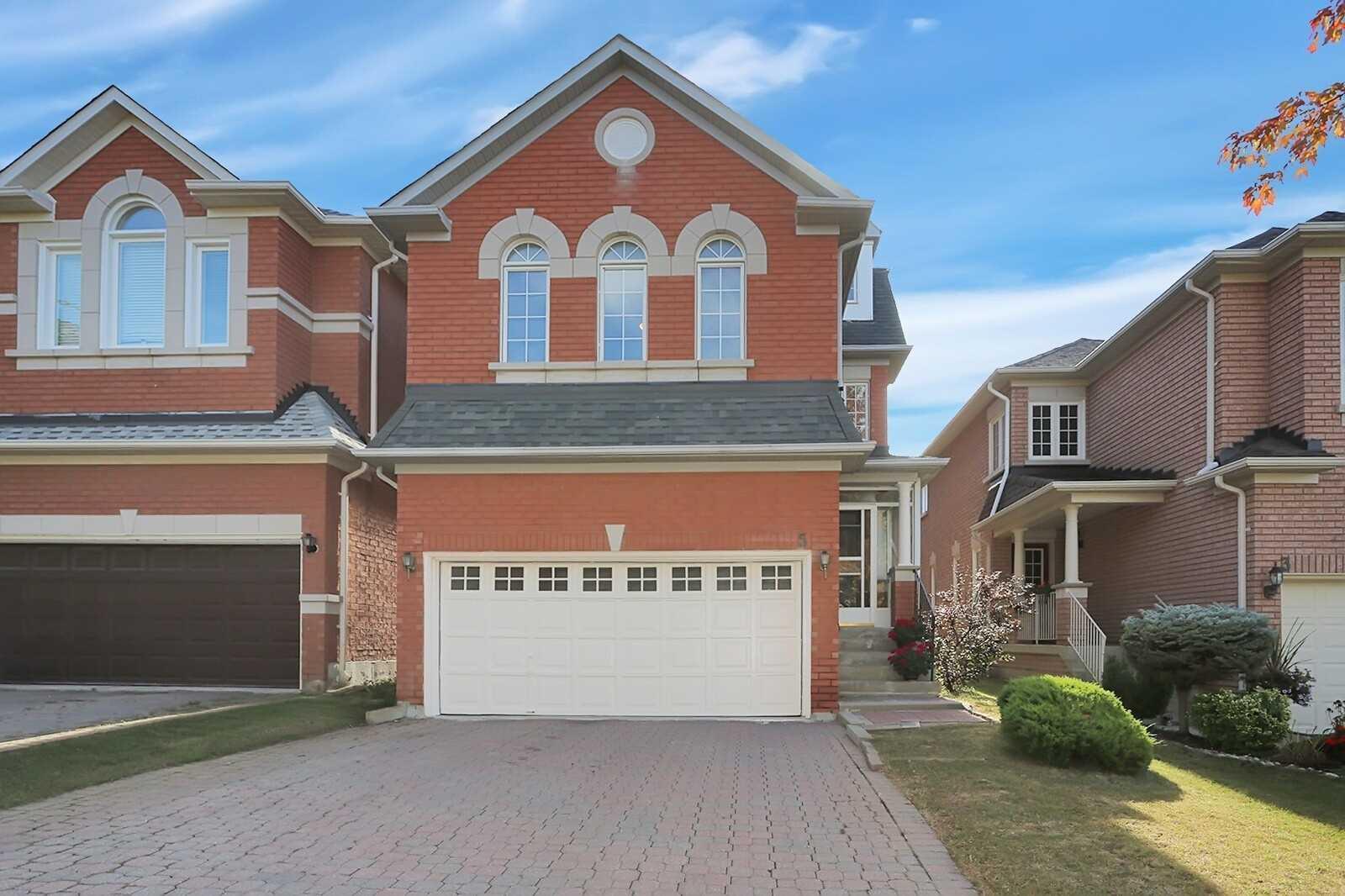 Detached house For Sale In Richmond Hill - 5 Futura Ave, Richmond Hill, Ontario, Canada L4S1V2 , 5 Bedrooms Bedrooms, ,5 BathroomsBathrooms,Detached,For Sale,Futura