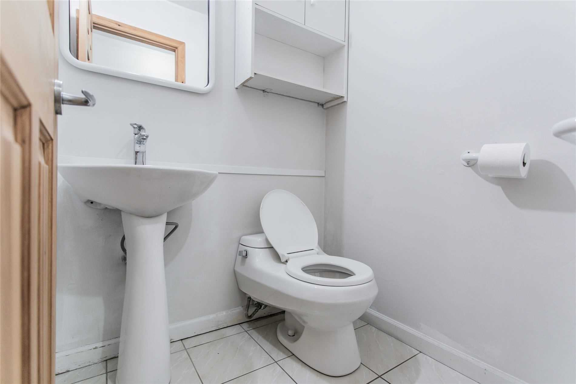 Lower Level For Lease In Markham , 1 Bedroom Bedrooms, ,1 BathroomBathrooms,Lower Level,For Lease,Lower,Woolsthorpe