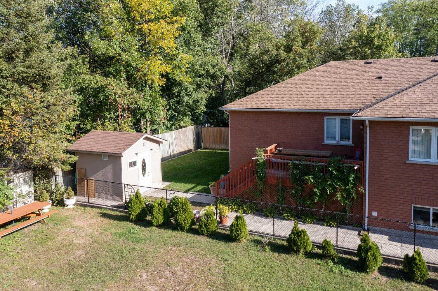 Detached house For Sale In Wasaga Beach - 72 Forest Ave, Wasaga Beach, Ontario, Canada L9Z2K4 , 3 Bedrooms Bedrooms, ,3 BathroomsBathrooms,Detached,For Sale,Forest