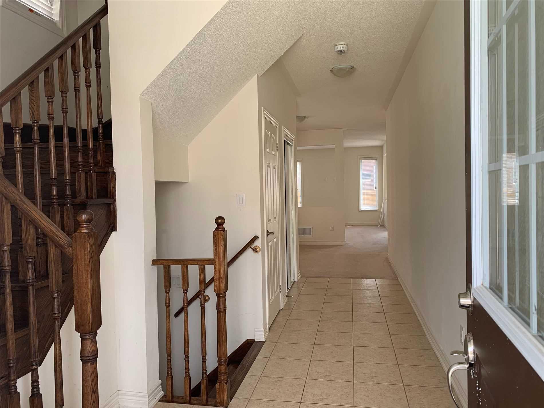 Semi-Detached For Lease In Brampton , 4 Bedrooms Bedrooms, ,3 BathroomsBathrooms,Semi-Detached,For Lease,Vezna