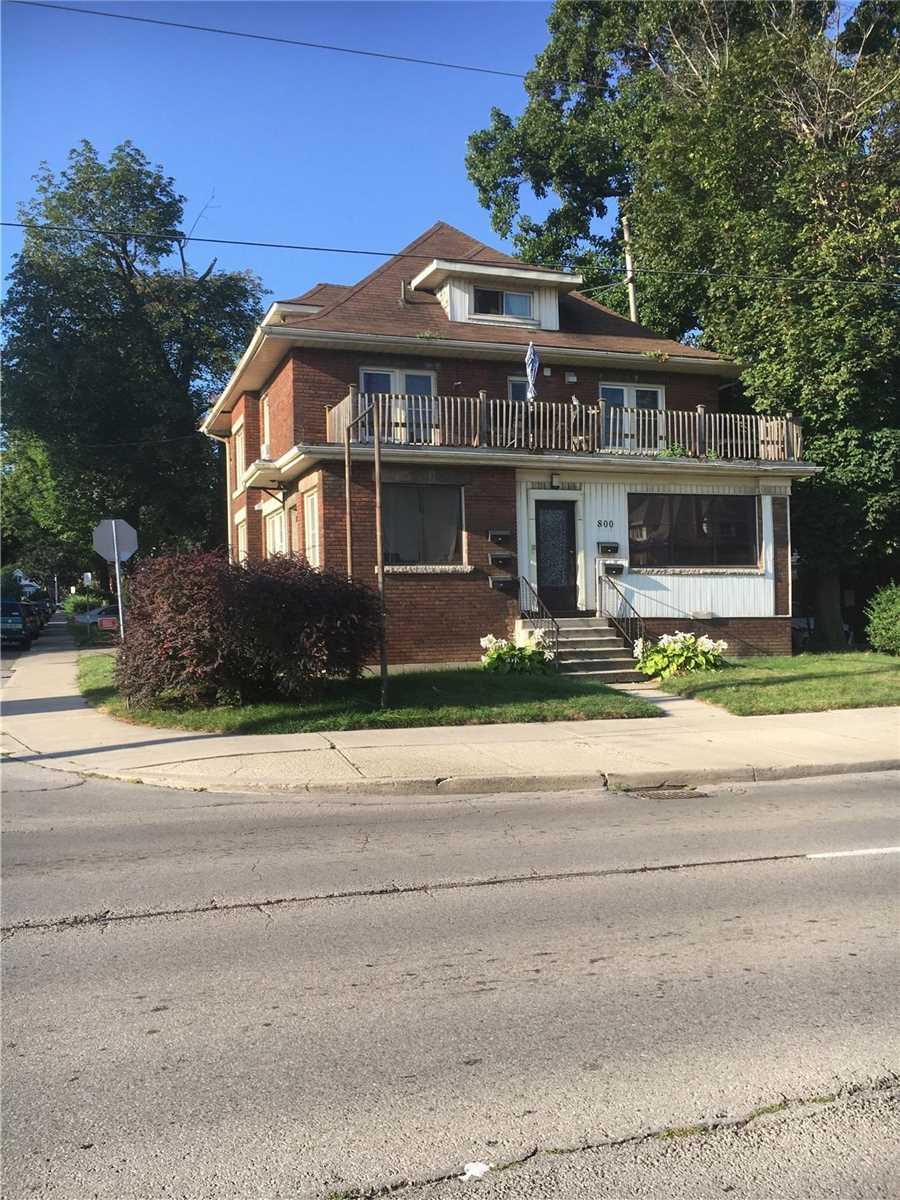 Detached house For Sale In Hamilton - 800 Main St, Hamilton, Ontario, Canada L8L 1L4 , 5 Bedrooms Bedrooms, ,5 BathroomsBathrooms,Detached,For Sale,Main