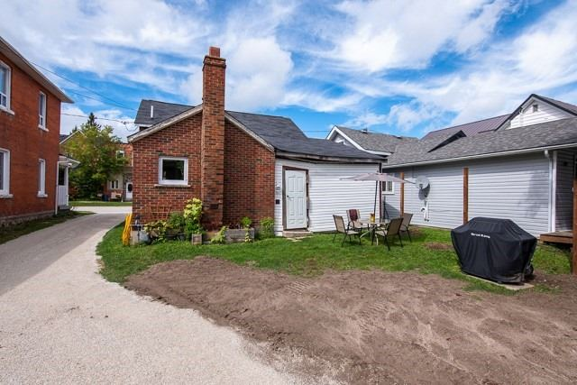 Detached house For Sale In Grey Highlands - 83 Main St, Grey Highlands, Ontario, Canada N0C 1H0 , 3 Bedrooms Bedrooms, ,2 BathroomsBathrooms,Detached,For Sale,Main