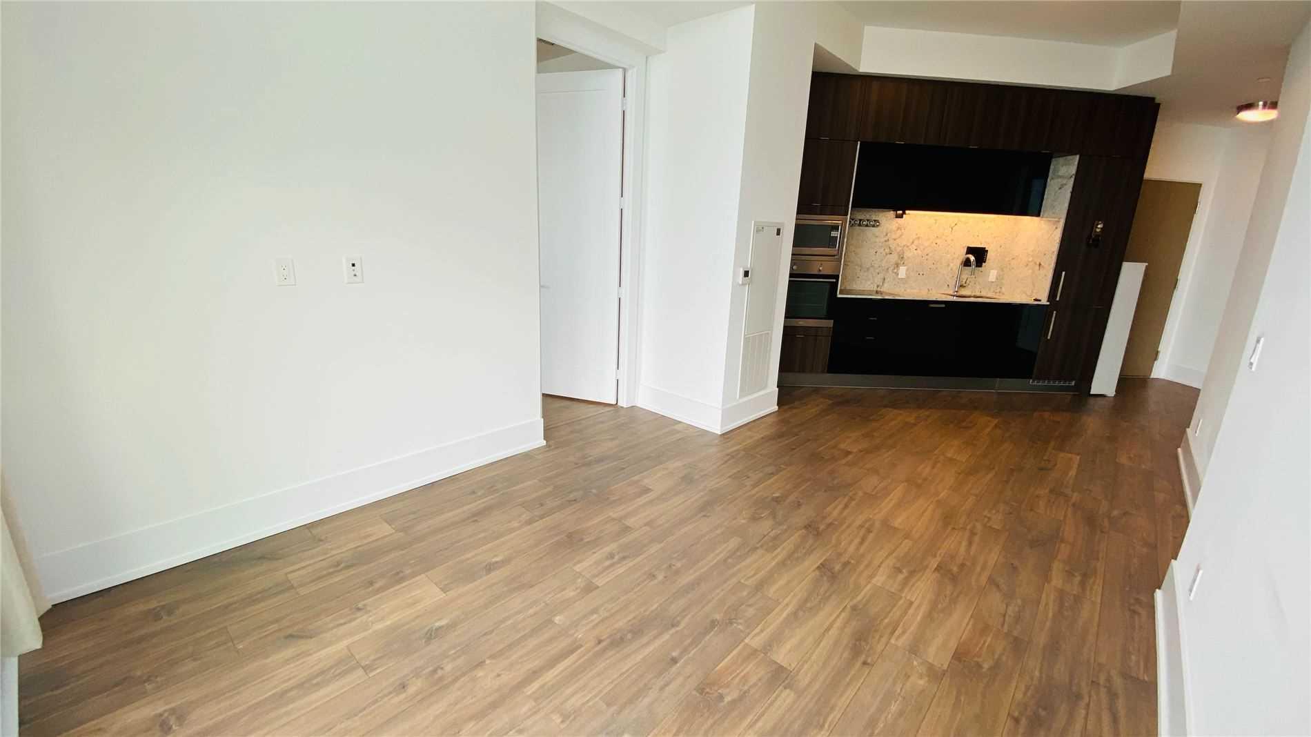 Condo Apt For Lease In Toronto , 2 Bedrooms Bedrooms, ,2 BathroomsBathrooms,Condo Apt,For Lease,Ph05,Edgewater