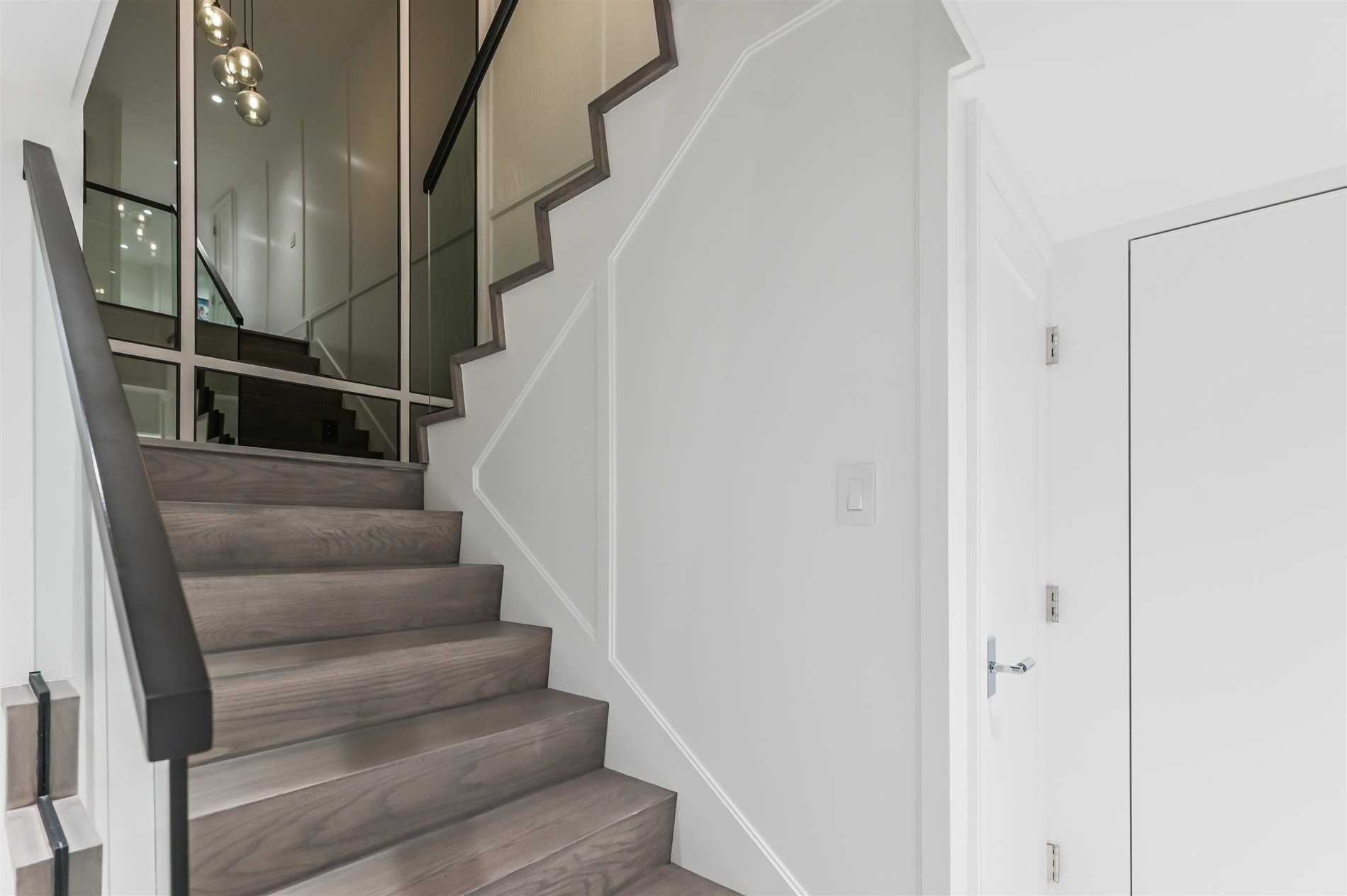 Condo Townhouse For Sale In Toronto , 2 Bedrooms Bedrooms, ,3 BathroomsBathrooms,Condo Townhouse,For Sale,Th 57,Prince Arthur