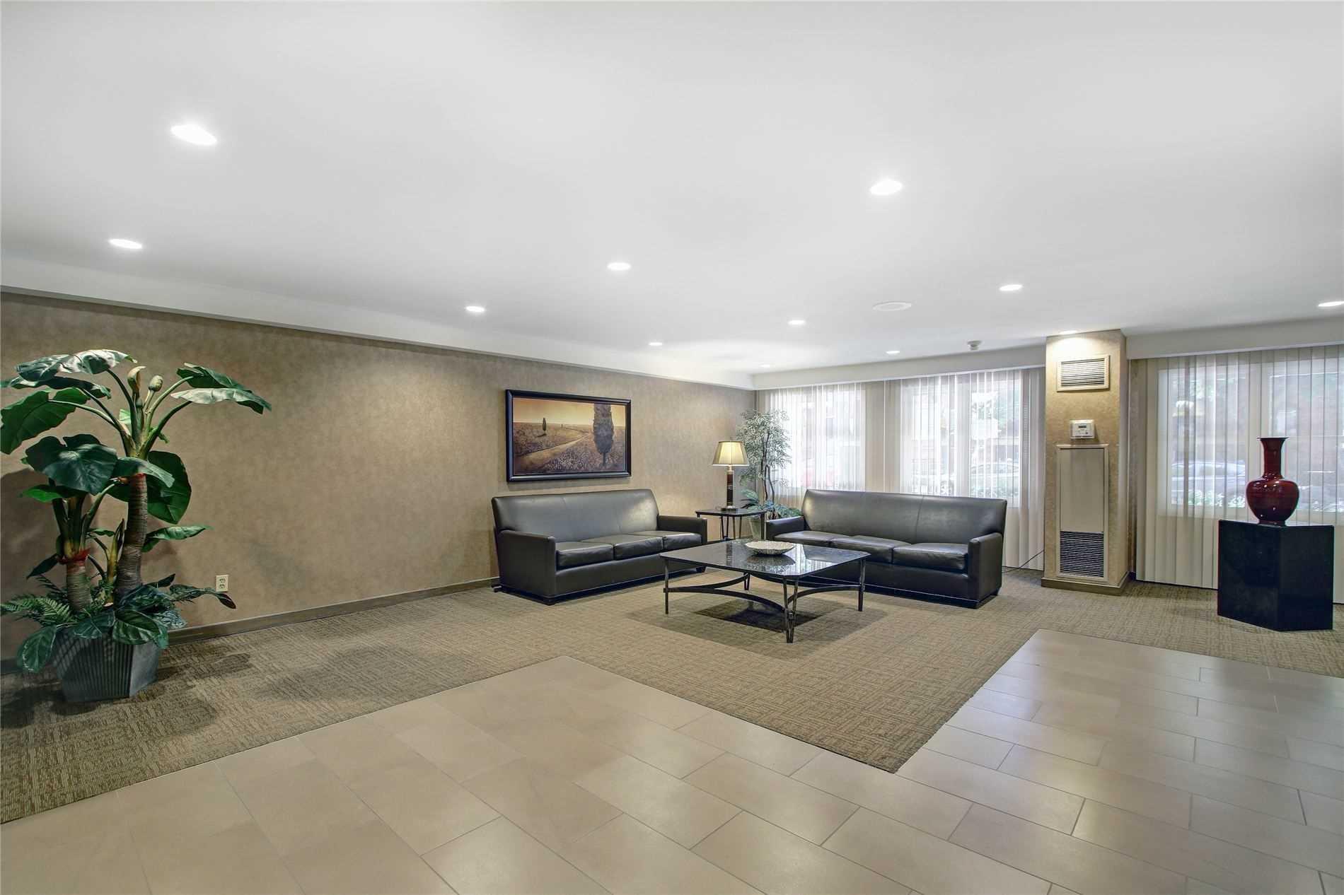 Condo Apt For Lease In Toronto , 1 Bedroom Bedrooms, ,1 BathroomBathrooms,Condo Apt,For Lease,518,Homewood
