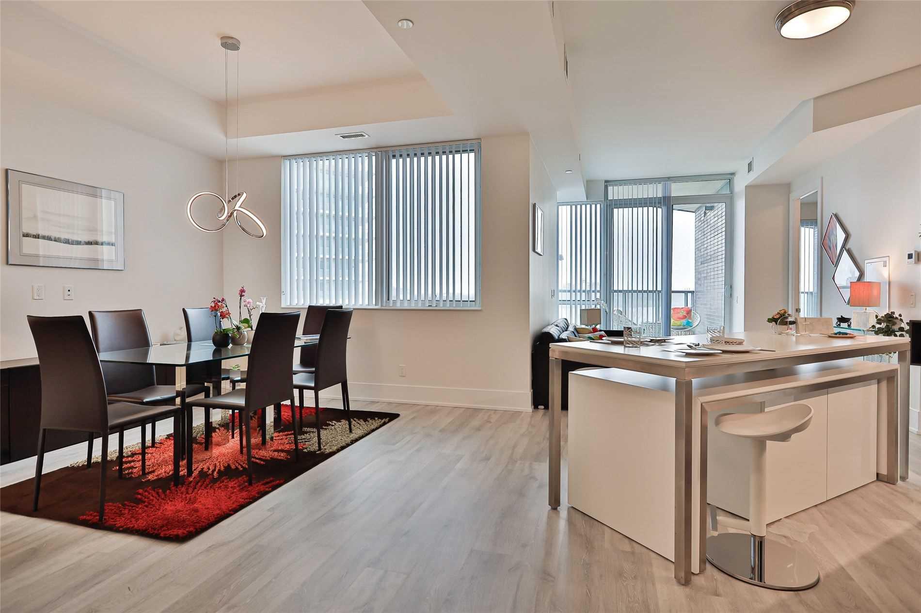 Condo Apt For Sale In Toronto , 2 Bedrooms Bedrooms, ,2 BathroomsBathrooms,Condo Apt,For Sale,217,Edgewater