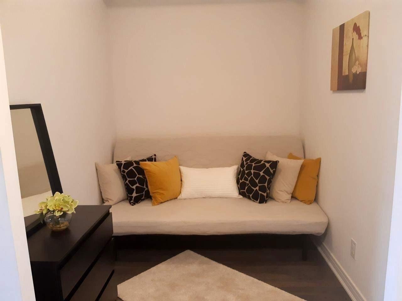Condo Apt For Lease In Richmond Hill , 1 Bedroom Bedrooms, ,1 BathroomBathrooms,Condo Apt,For Lease,615,Yonge