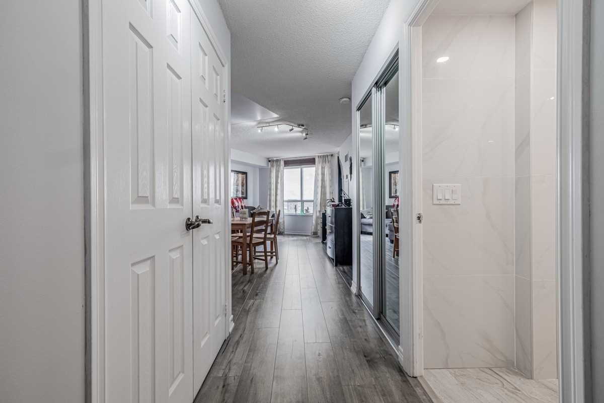 Condo Apt For Sale In Toronto , 1 Bedroom Bedrooms, ,1 BathroomBathrooms,Condo Apt,For Sale,1509,Humberwood