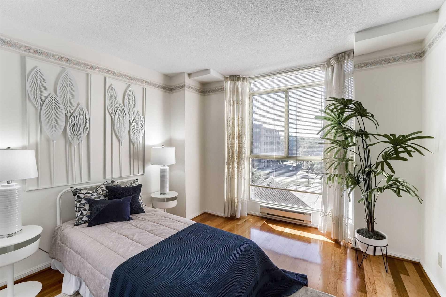 Condo Apt For Sale In Burlington , 2 Bedrooms Bedrooms, ,2 BathroomsBathrooms,Condo Apt,For Sale,501,Locust