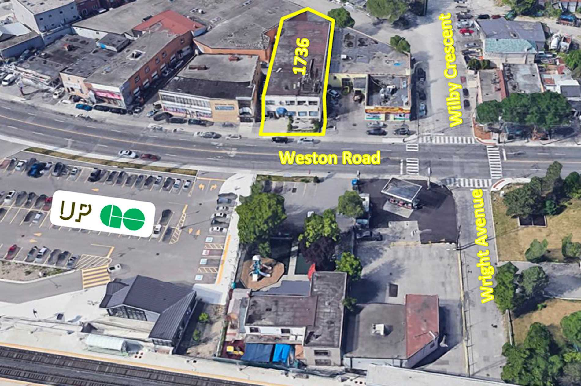 Commercial/retail For Sale In Toronto , ,4 BathroomsBathrooms,Commercial/retail,For Sale,Weston