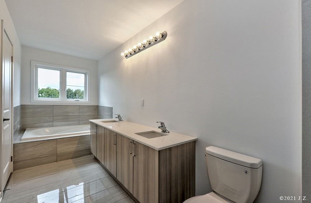 Att/row/twnhouse For Lease In Whitby , 3 Bedrooms Bedrooms, ,3 BathroomsBathrooms,Att/row/twnhouse,For Lease,Pine Gate