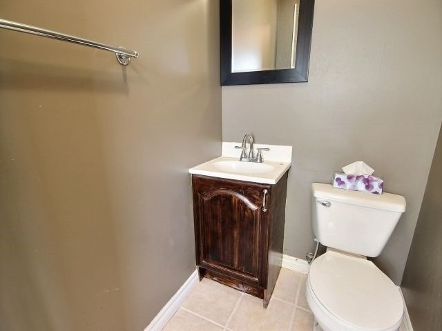 Detached house For Sale In Oshawa - 20 Brock St, Oshawa, Ontario, Canada L1G1R9 , 3 Bedrooms Bedrooms, ,2 BathroomsBathrooms,Detached,For Sale,Brock