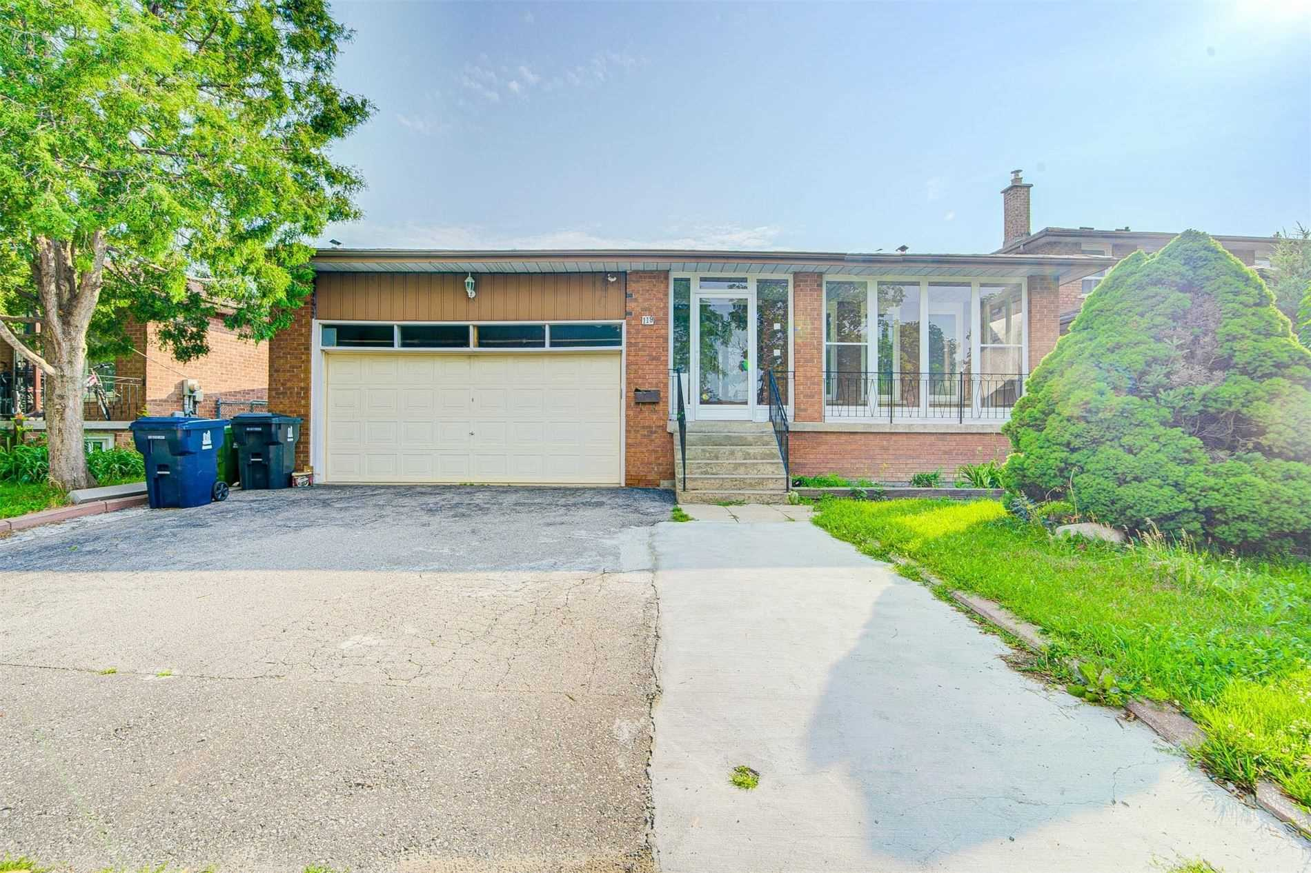 Detached house For Lease In Toronto - 119 Ambercroft Blvd, Toronto, Ontario, Canada M1W3K8 , 2 Bedrooms Bedrooms, ,1 BathroomBathrooms,Detached,For Lease,Ambercroft