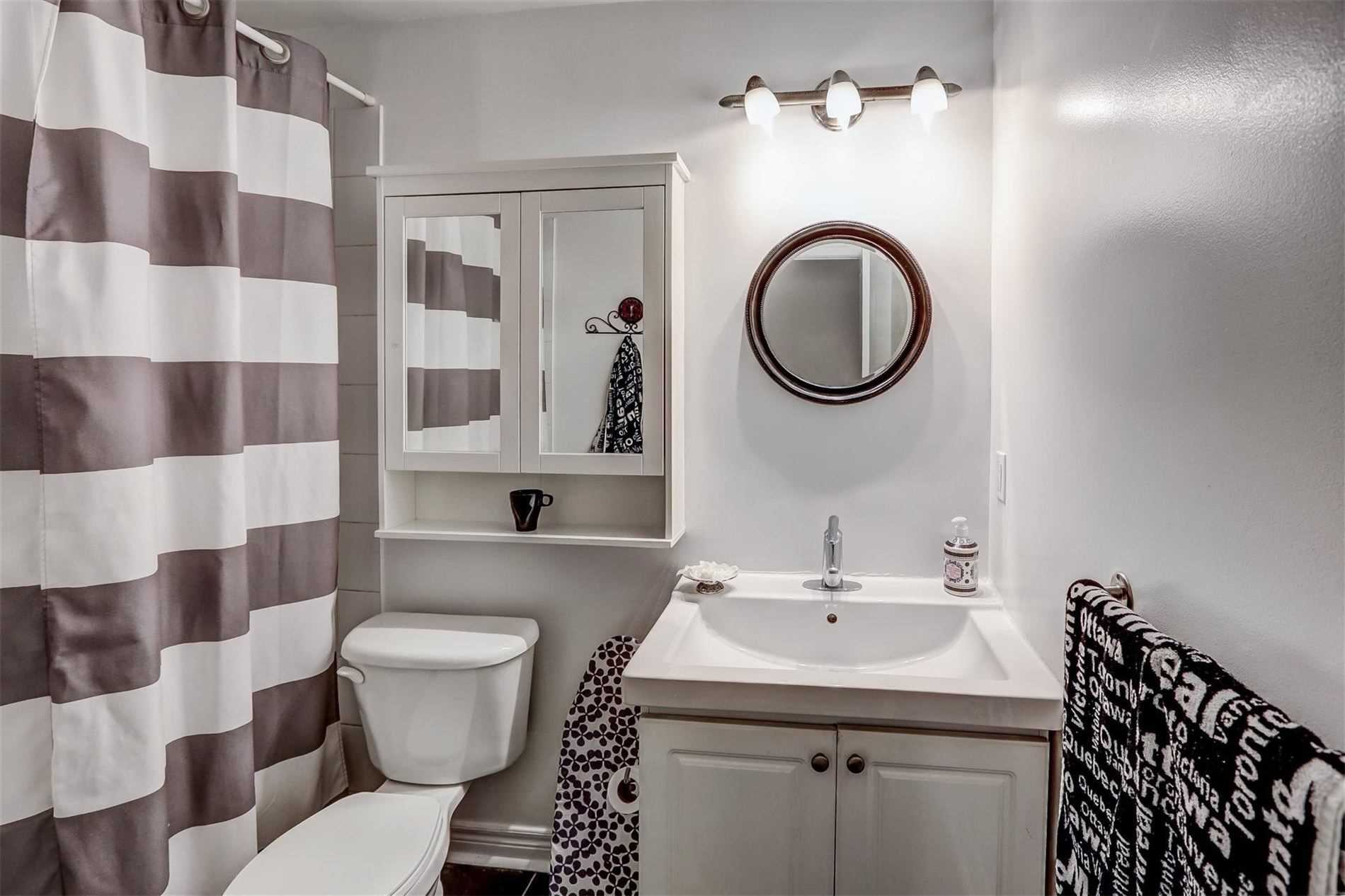 Detached house For Lease In Toronto - 94 Royal York Rd, Toronto, Ontario, Canada M8V2T8 , 1 Bedroom Bedrooms, ,1 BathroomBathrooms,Detached,For Lease,Royal York