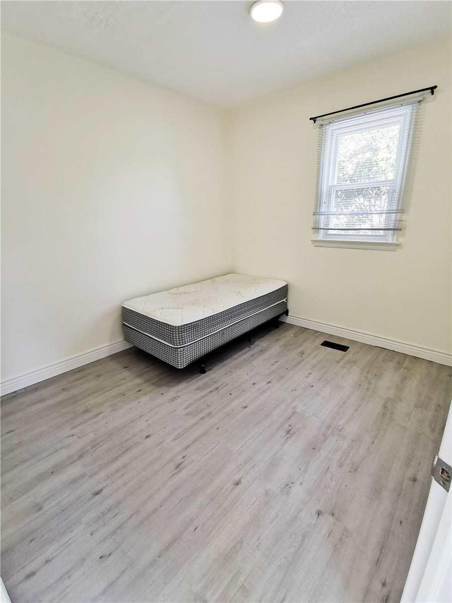 Multiplex For Sale In Kingston , 8 Bedrooms Bedrooms, ,7 BathroomsBathrooms,Multiplex,For Sale,King