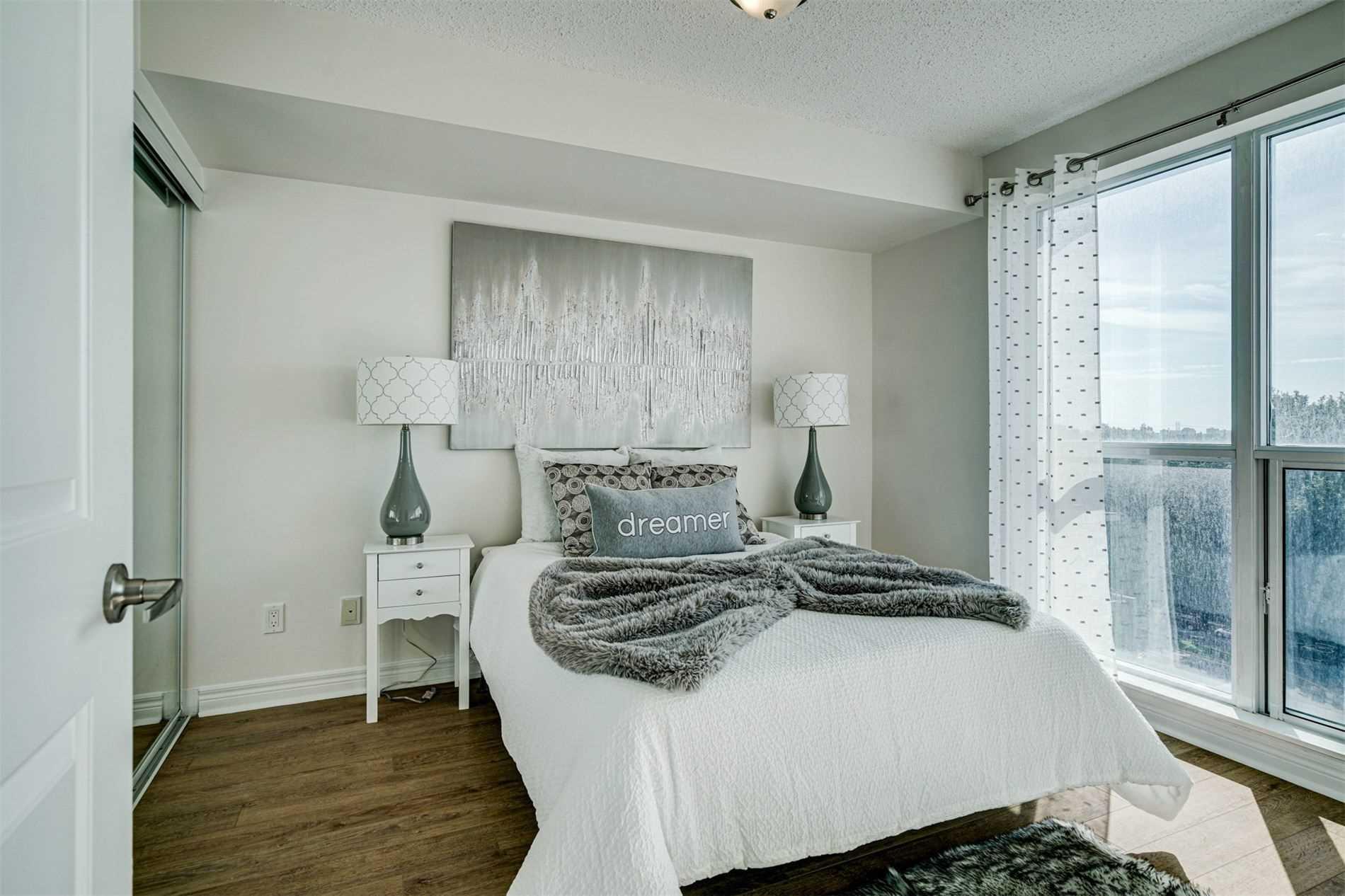 Condo Apt For Sale In Toronto , 1 Bedroom Bedrooms, ,1 BathroomBathrooms,Condo Apt,For Sale,712,Town Centre