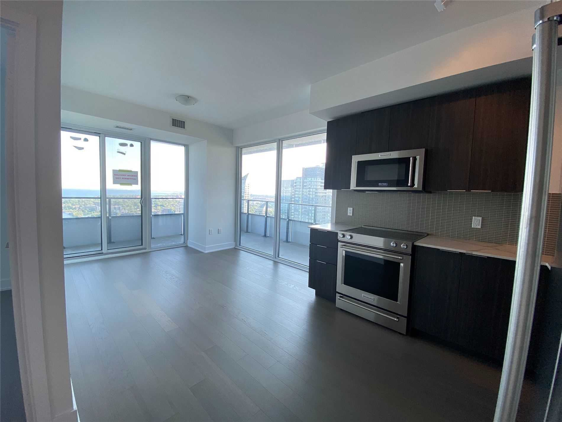 Condo Apt For Lease In Toronto , 2 Bedrooms Bedrooms, ,1 BathroomBathrooms,Condo Apt,For Lease,3702,Shore Breeze