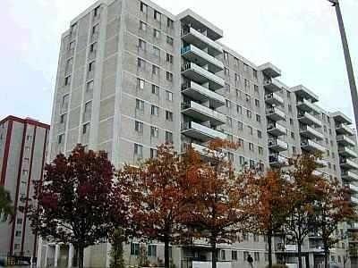 Condo Apt For Sale In Toronto , 4 Bedrooms Bedrooms, ,1 BathroomBathrooms,Condo Apt,For Sale,414,Lotherton